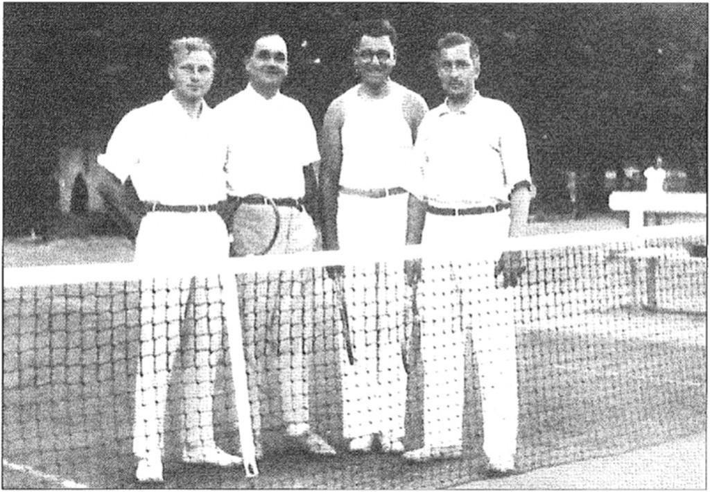 Kolem r. 1936. Dr. Ševčík, E. Erlebach, A. Berka, B. Matulík.