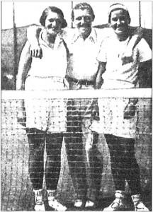 Sourozenci Blanka a Karel Trpíkovi spolu s Grétou Kučovou (zleva), trojlístek nejúspěšnějších hradišťských hráčů 30. let.